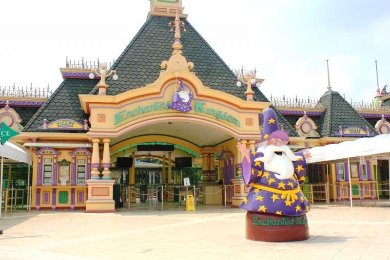 Enchanted Kingdom one of the best tourist spots in laguna